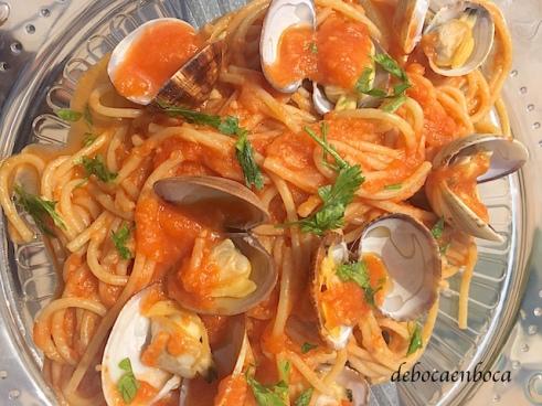 espaguetis-almejas-1-copyright-debocaenboca