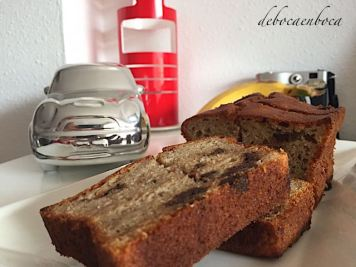 bizcocho-platano-chocolate-3-copyright-debocaenboca