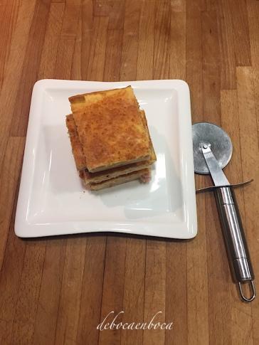 coca-jamon-queso-0-copyright-debocaenboca